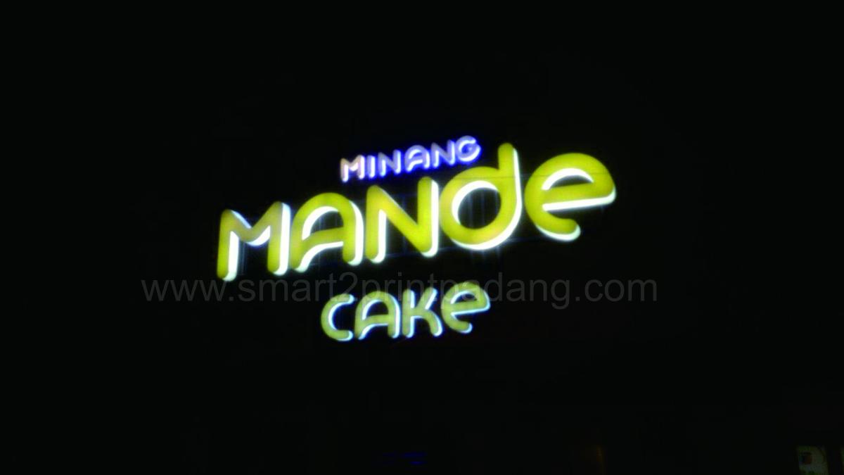 branding interior minang mande cake